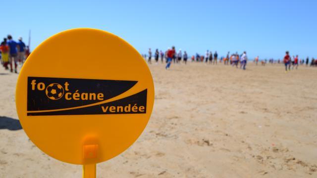25-000-amateurs-de-foot-sur-la-plage-de-st-jean-de-monts_3